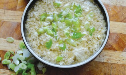 Egg drop soup with green onions