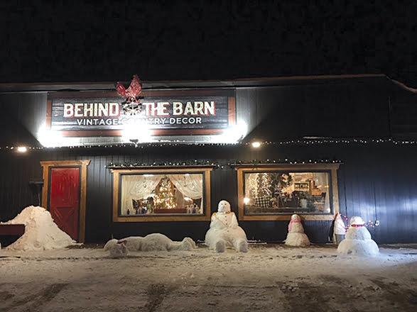 Yukon See It Here: Erin Dixon, Helen Booth, Niki Greenough