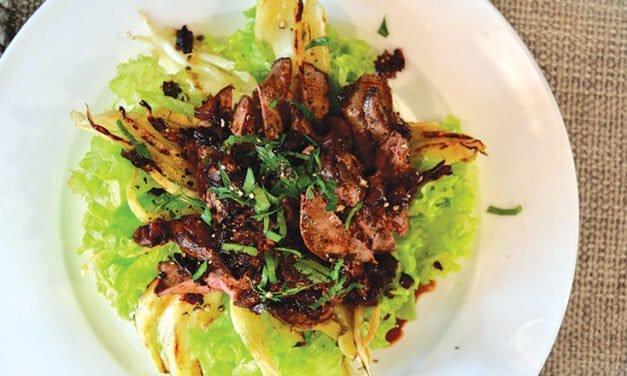 Fennel and chicken liver salad