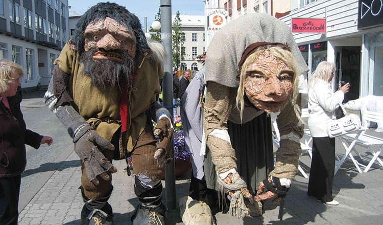 Trolls and ogresses for Christmas