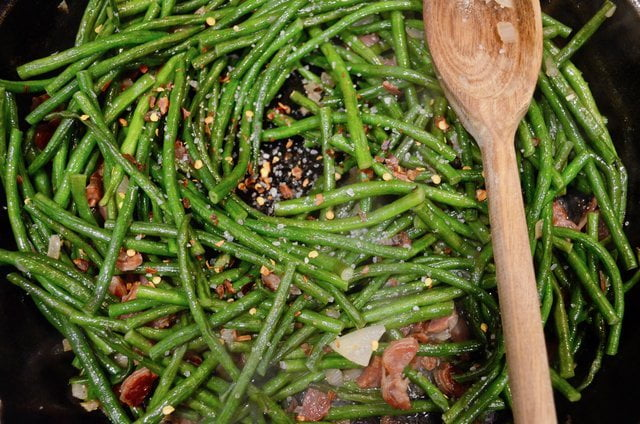 Long beans with dry sausage and soy