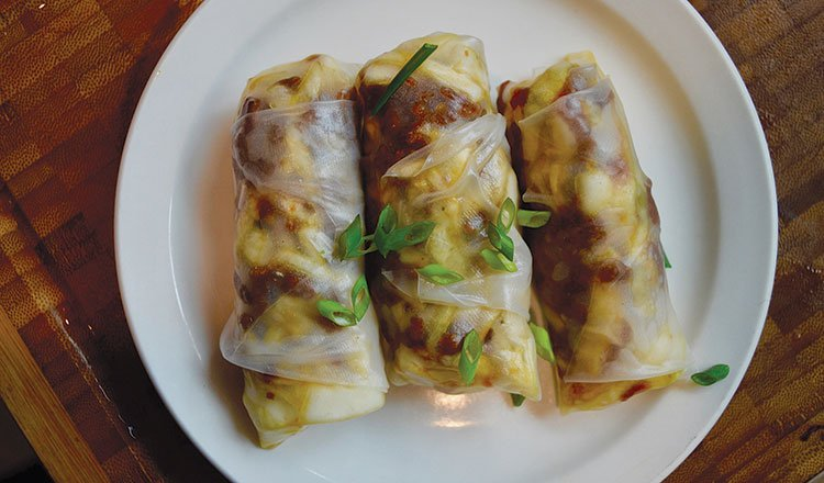 Caramelized pork and cabbage fresh rolls