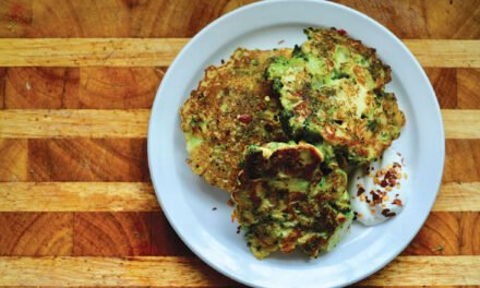 Broccoli pancakes with garlic, oregano and chili flakes